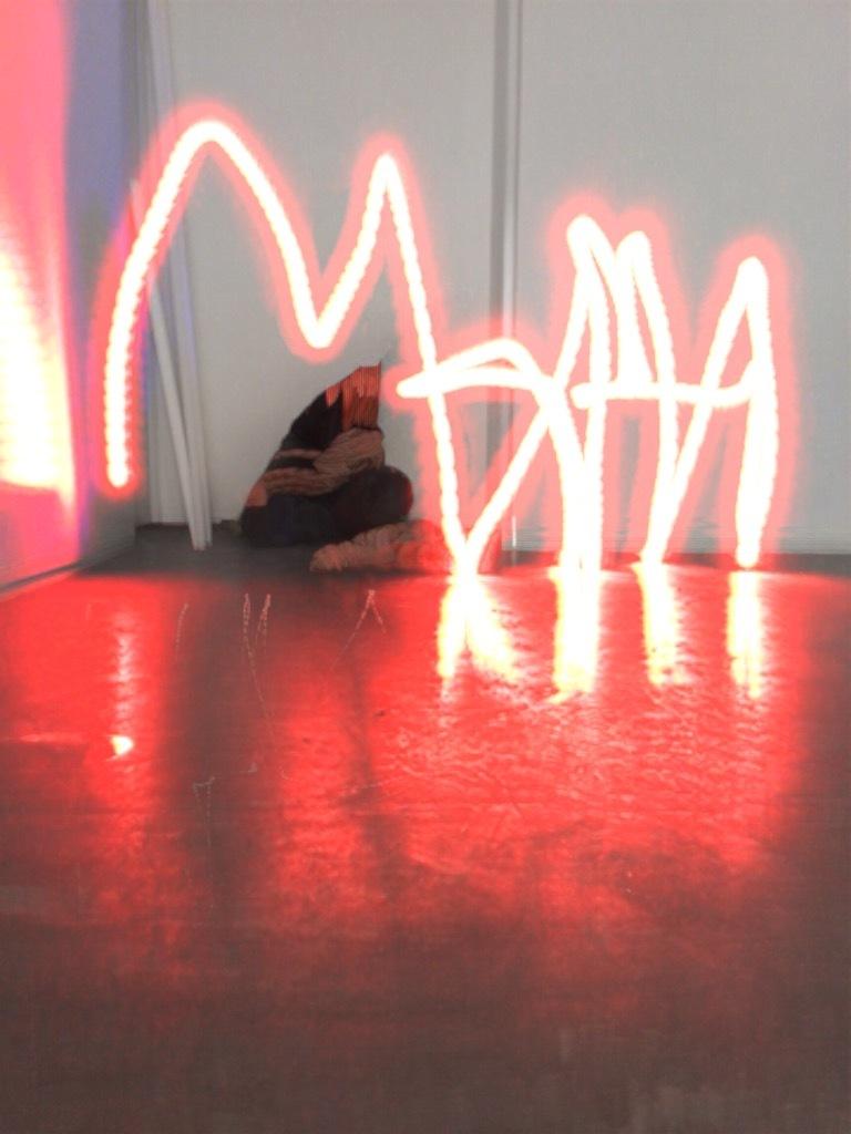 1_light-graffiti-24